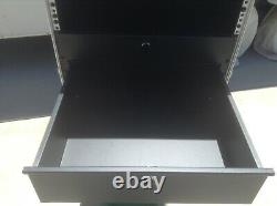 10 SPACE ATA CASE with (2) DRAWERS! FRONT & BACK RACK RAILS! EXCELLENT CONDITION