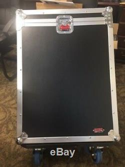 Gator G-TOUR Mixer Flight Case for LS9 -16 Mixer Large Format Wood withcasters