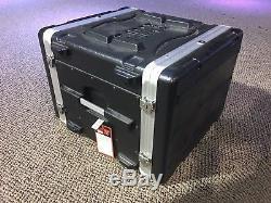 Gator GR-8L Deluxe Rack Case 8U