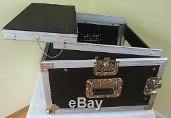 Laptop Kombicase 6 / 8 HE Nootebook Winkelrack L-Rack mit Laptop Ständer DJ-Rack