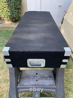 Odyssey DJ Coffin Hard Case For 2 Turntables CD Player Mixer Rack Black Carpeted