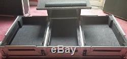 Odyssey FZGS10CDJW CD/MP3 DJ Coffin Case Black/Silver case with laptop glider