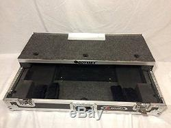 Odyssey Numark Ns7 Glide Style Case FZGSNS7WFX