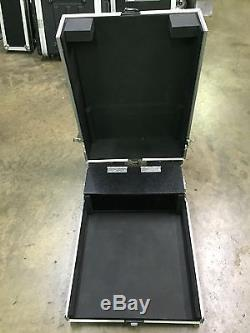 Road Ready Case RRLS916DHC Case For Yamaha LS9 Mixer With Casters And Doghouse