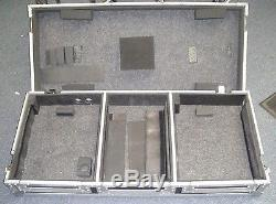 Road Ready RRDJCD10W 10 Mixer DJ Coffin Case USED GOOD SHAPE