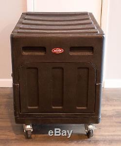 SKB 20U Gig Rig Mixer Rack Case 32 X 24 X 25 Roto Shockmount Touring Case