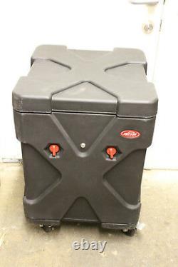 SKB Cases 1SKB19-R1010V Roto GigRig with Pop-Up Rack Case