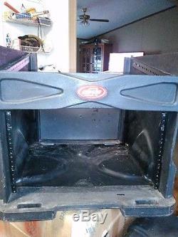 SKB Mixer Mount Rack Case 21x18 Inches lockable