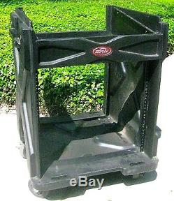 SKB ROTO GiG RIG AMPLIFIER RACK AND MIXER CASE ON CASTERS@10 SPACES TOP + BOTTOM