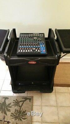 SKB USED GIG RIG 10RU ROAD CASE RACK MOUNT With 2 SIDE PANELS & ADDITIONAL STUFF