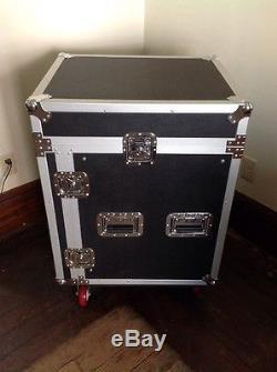 Seismic Audio SAMRC-12U 12 Space Rack Case with Slant Mixer Top and Caste