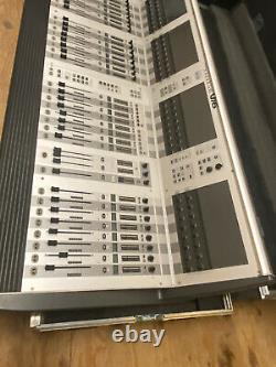 Soundcraft Vi6 digital mixing console, mixer With Racks And Road Cases