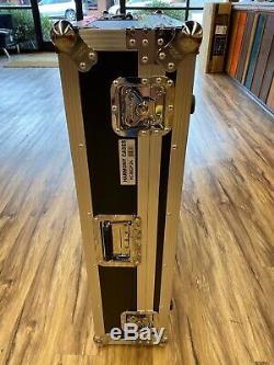 Yamaha MGP24X Mixer + Yamaha LA1L Gooseneck Lamp + FREE Harmony Road Case! DEAL